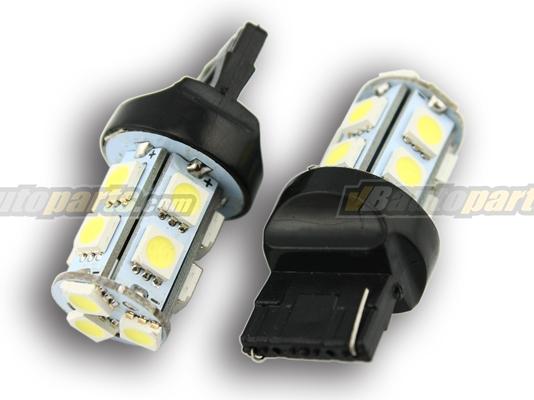 หลอดไฟ LED ขั้ว T20 แสงขาว SMD 13 จุด