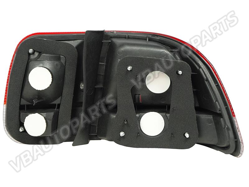 ไฟท้ายขาวแดง ของ Honda Civic EK 96 (4 ประตู)
